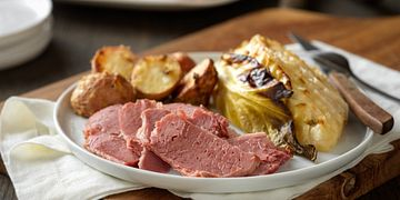 dijon-glazed-corned-beef-with-savory-cabbage-and-red-potatoes-horizontal.tif