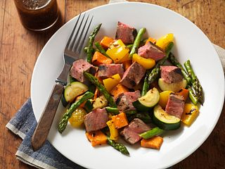 Grilled Steak & Vegetable Salad