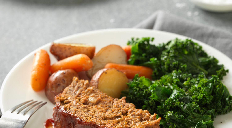 Slow Cooker Beef Meatloaf & Vegetables