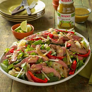 Beef Fajita Salad with Salsa Verde