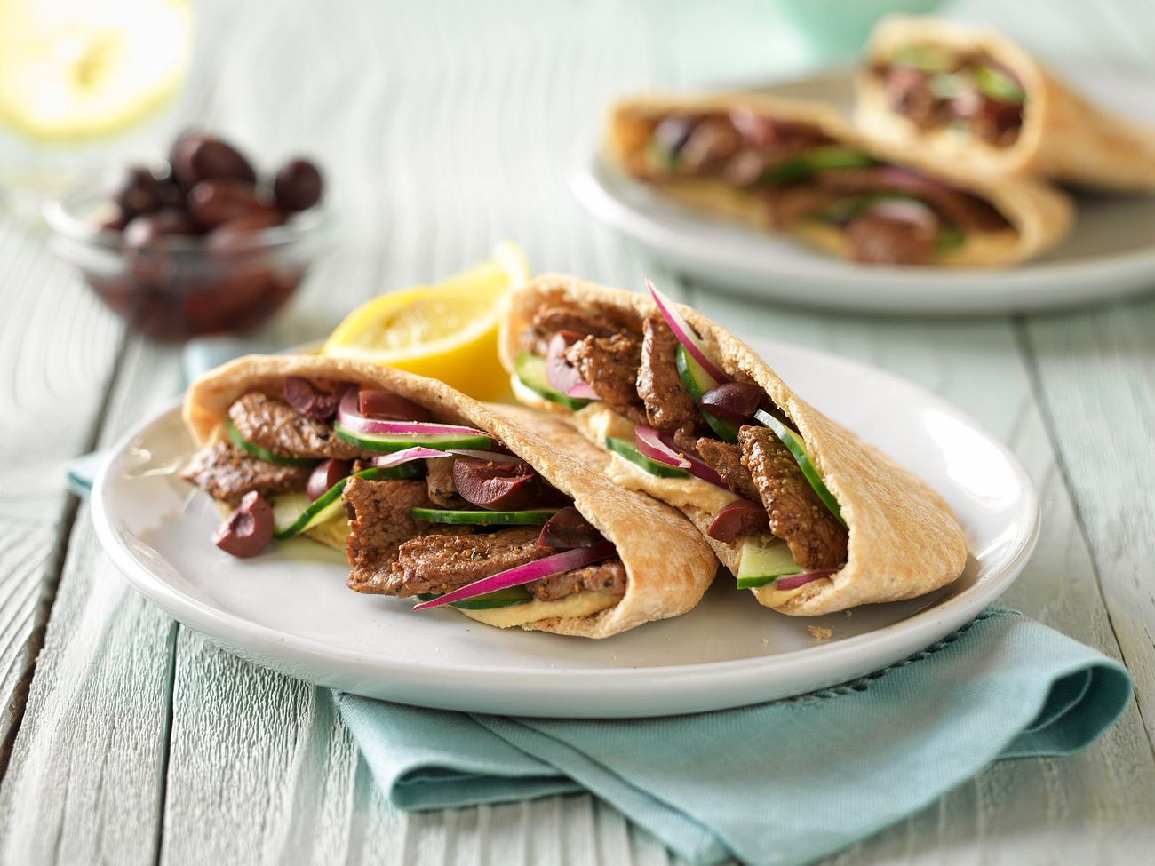 greek-style-beef-pita-horizontal