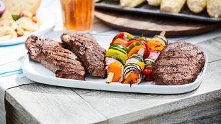 Beef Lifestyle_Platter of steaks