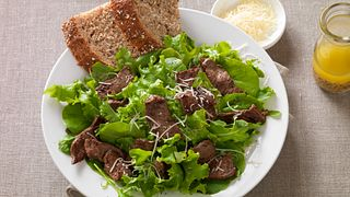 Lemon-Peppered Beef Steak Salad