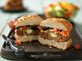 Cheesy Jalapeño Pepper-Stuffed Burgers