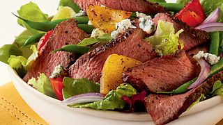Champagne Steak Salad with Blue Cheese