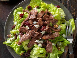 Beef Steak Salad With Dried Cherries