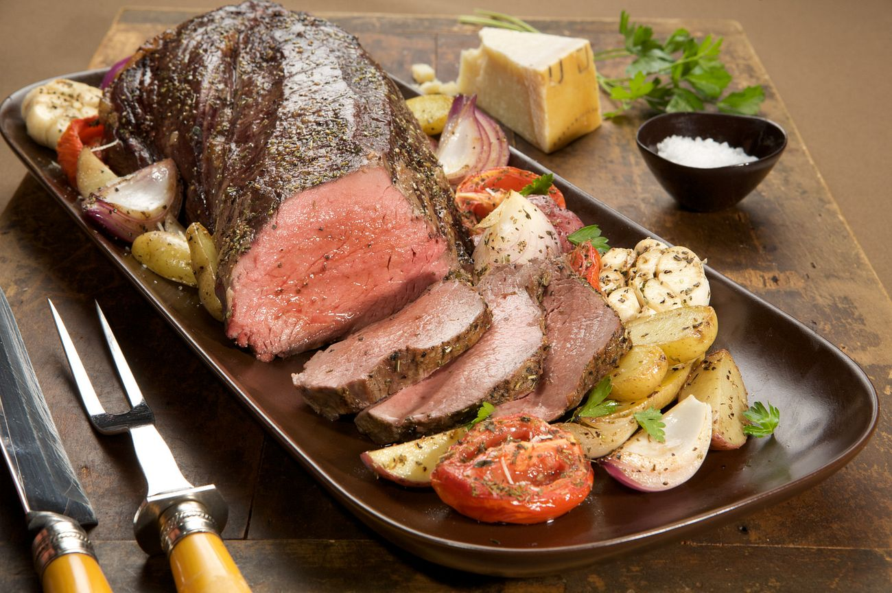 tenderloin-garlic-roasted-vegetables