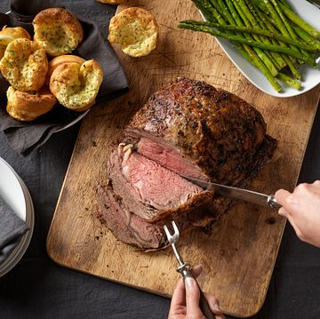 Beef Rib Roast with Yorkshire Puddings