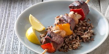 Beef, Pepper & Mushroom Kabobs Horizontal