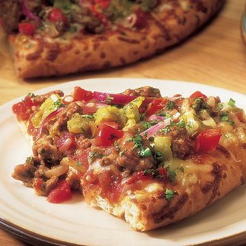 southwest-beef-and-chile-pizza-vertical.eps