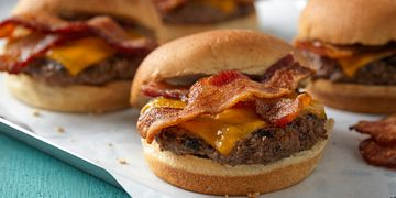 Maple-Bacon Beer Burger