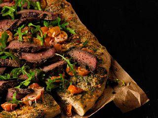 Pesto Steak & Arugula Pizza