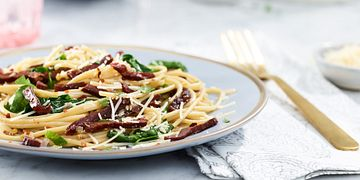 Beef Jerky and Spinach Pasta