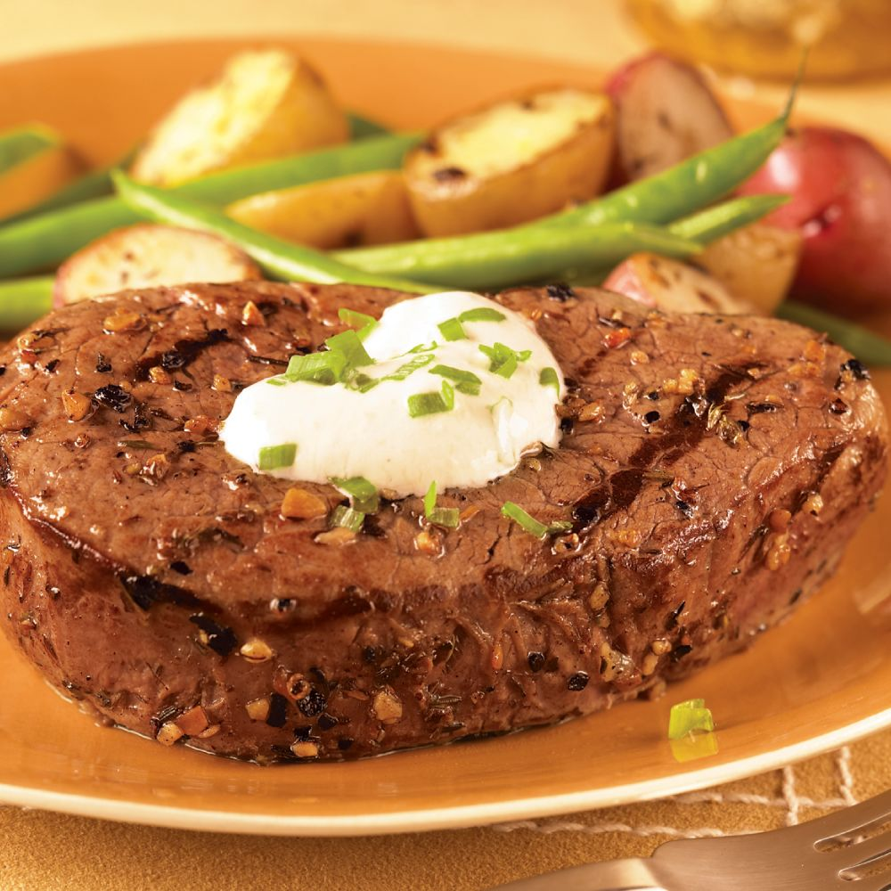 Tenderloin Steaks with Horseradish Cream