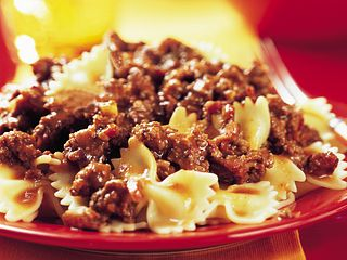 porcini-mushroom-and-beef-bolognese-horizontal.eps
