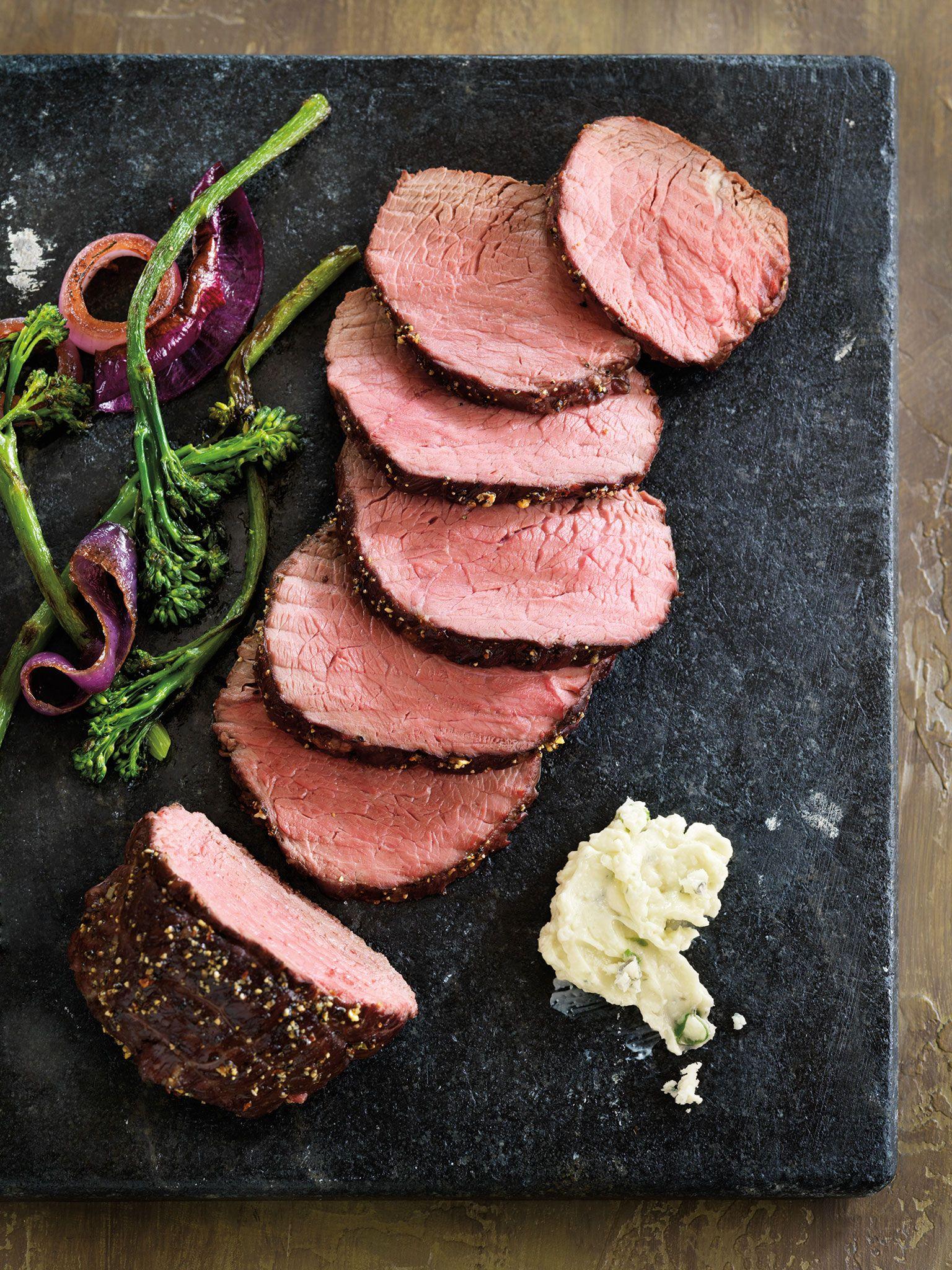 Peppered Top Sirloin Roast with Sautéed Broccolini