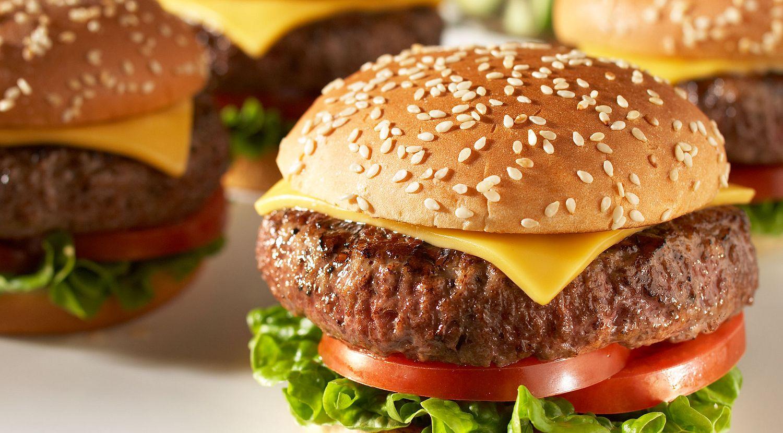 Classic Beef Cheeseburgers
