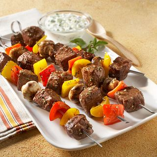 Classic Beef Sweet Pepper and Mushroom Kabobs