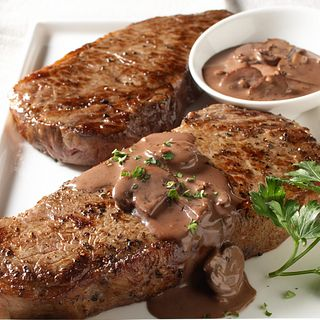 strip-steaks-with-red-wine-sauce