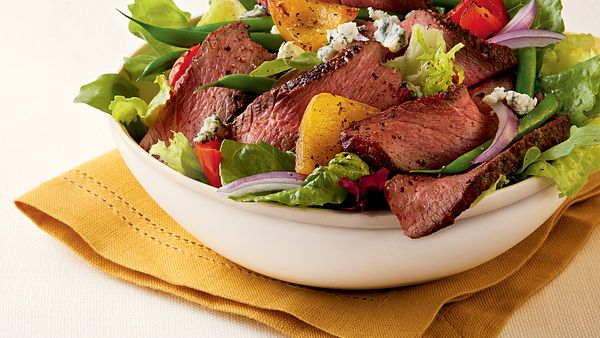 champagne-steak-salad-with-blue-cheese-square