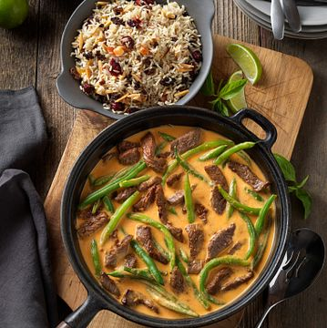 Beef Curry with Fruit and Almond Rice
