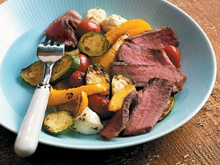 Sonoma Steaks with Vegetables Bocconicini
