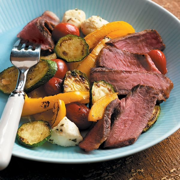 sonoma-steaks-with-vegetables-bocconicini