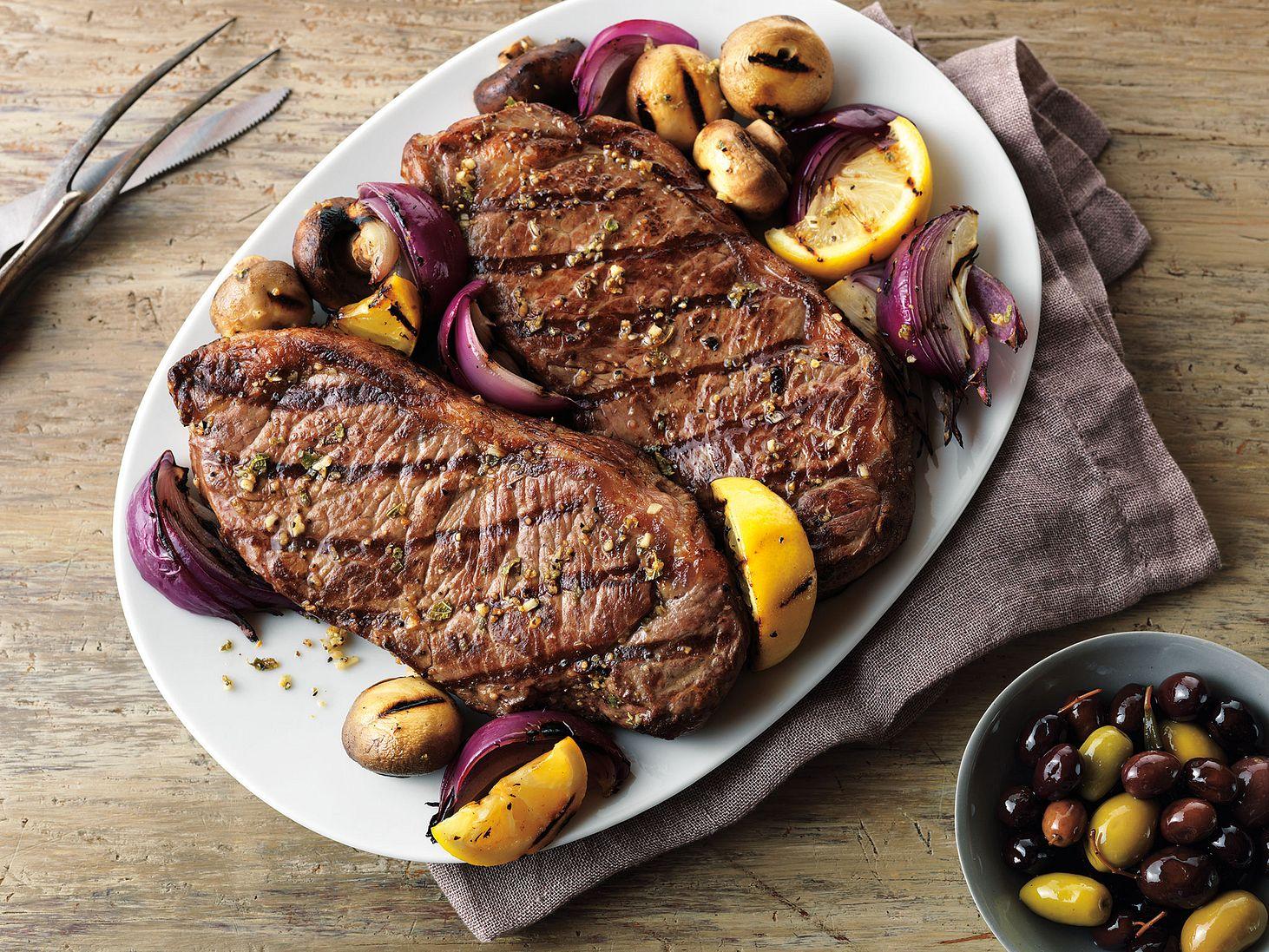 grecian-beef-top-loin-steaks-and-mushroom-kabobs.eps