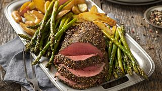pepper-herb-crusted-beef-tenderloin-horizontal.tif