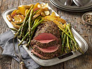 pepper-herb-crusted-beef-tenderloin-horizontal.tif