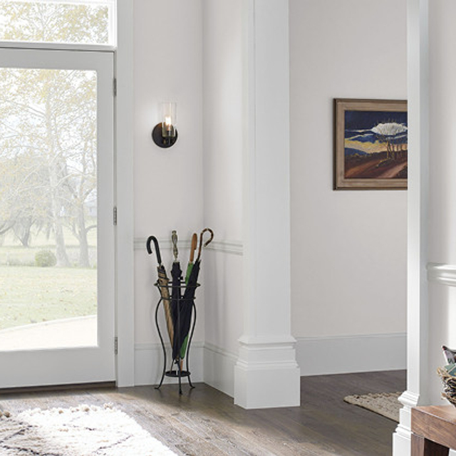 Foyer painted in CONTEMPORARY WHITE