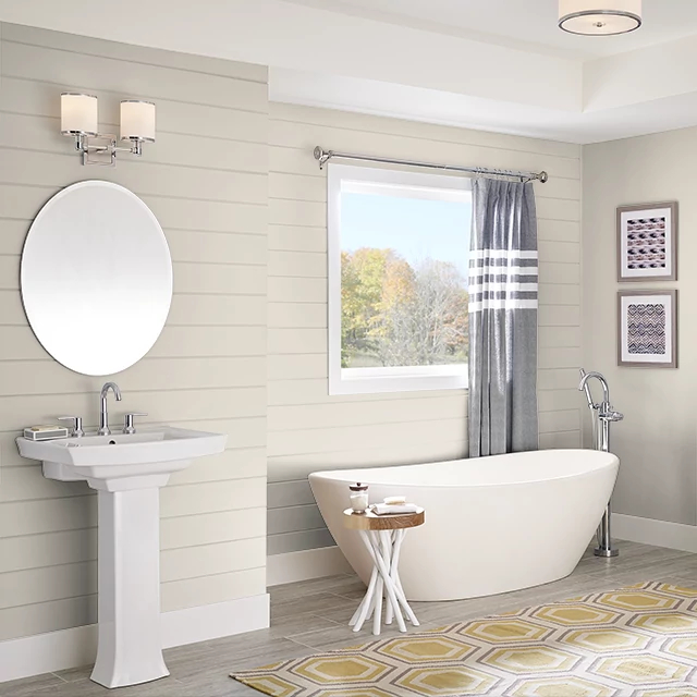 Bathroom painted in STARCHED LINEN