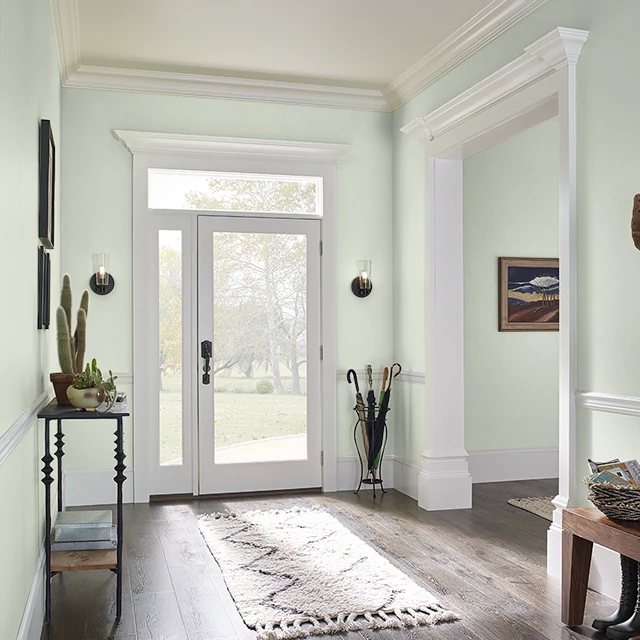 Foyer painted in CELADON VASE