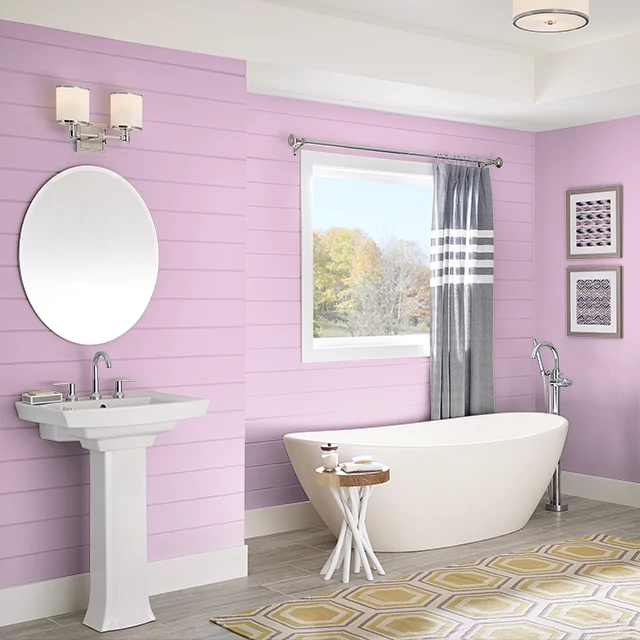 Bathroom painted in BERRY CREAM