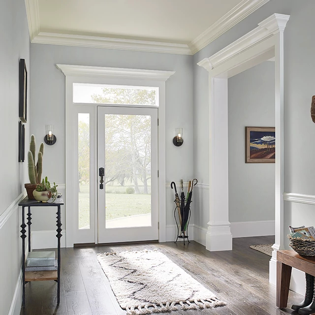 Foyer painted in STREAMLINED SILVER