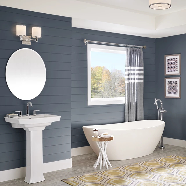 Bathroom painted in PRUSSIAN BLUE