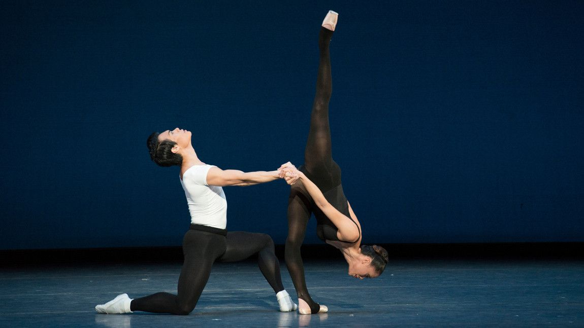 John Lam & Lia Cirio in George Balanchine's Stravinsky Violin Concerto © The George Balanchine Trust