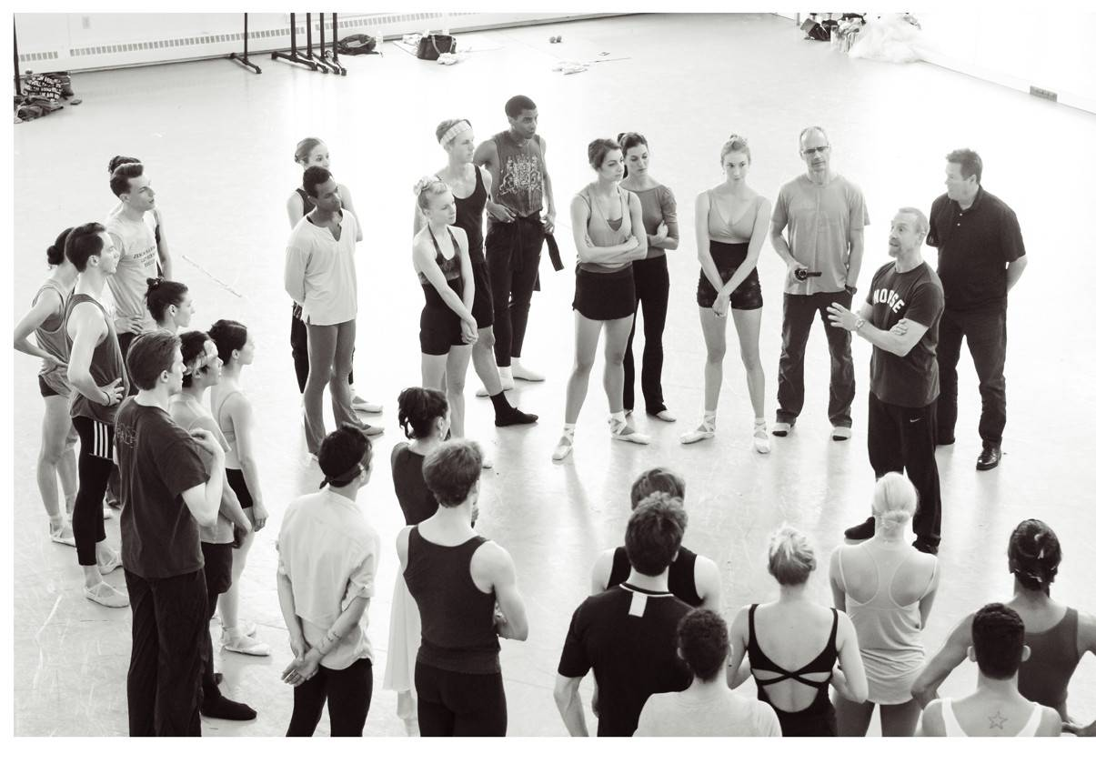 William Forsythe with Mikko Nissinen, Anthony Randazzo, and the dancers of Boston Ballet in studio 7. Photo by Liza Voll