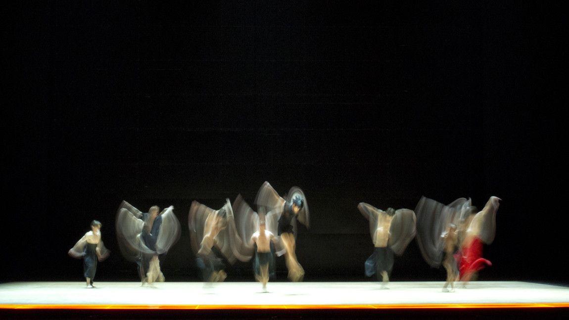 Dancers of The Royal Ballet. Photo by Andrej Uspenski.