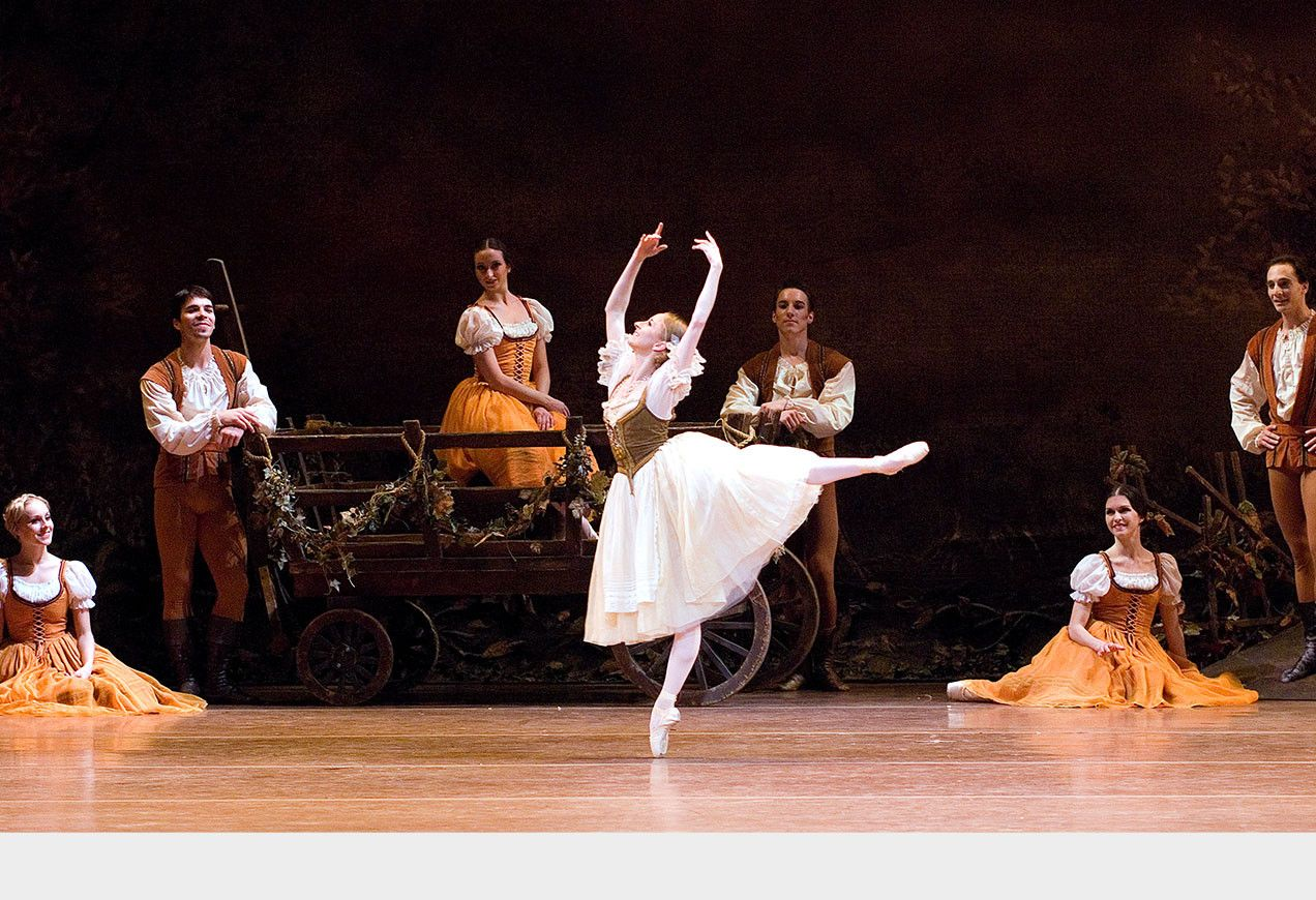 Larissa Ponomarenko as Giselle in Act I of Giselle. Photo by Gene Schiavone.
