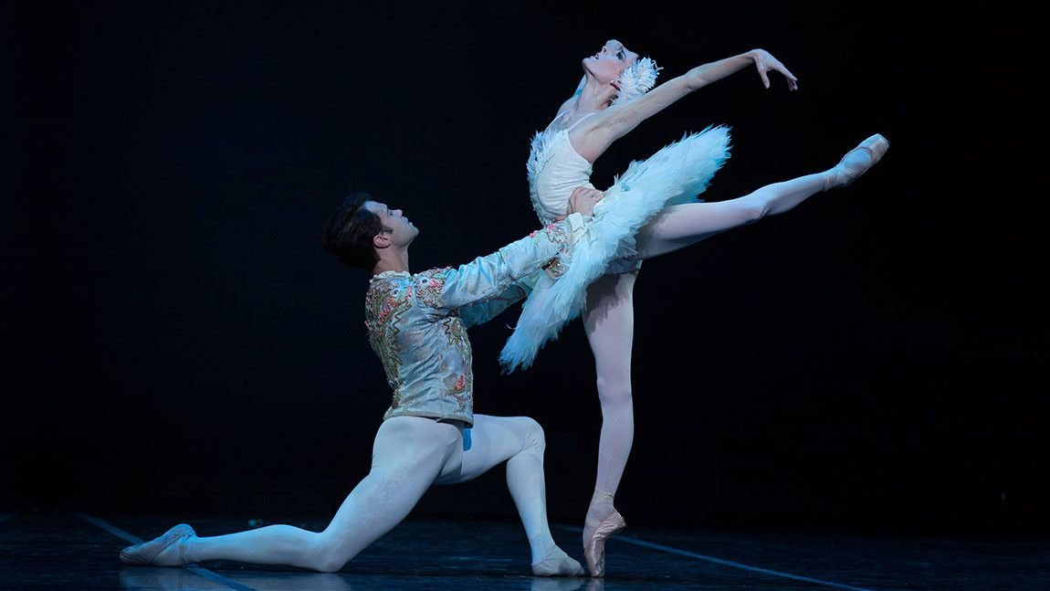 Ballerina Anaïs Chalendard in a white tutu with dancer Paulo Arrais. Photo by Rosalie O'Connor