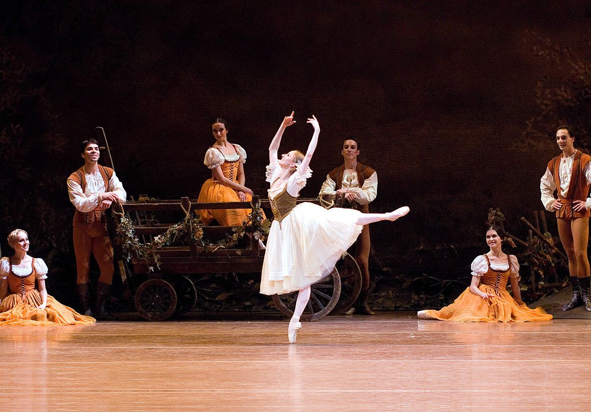 Larissa Ponomarenko as Giselle, circa 2006. Photo credit: Gene Schiavone.