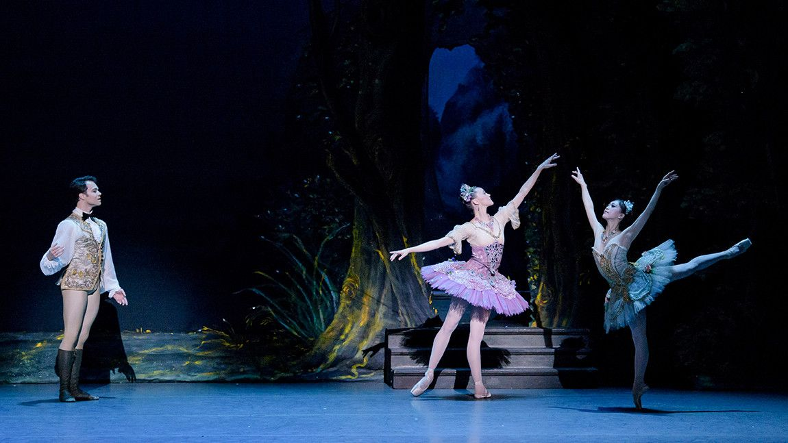 Paulo Arrais, Dusty Button, and Misa Kuranaga in The Sleeping Beauty
