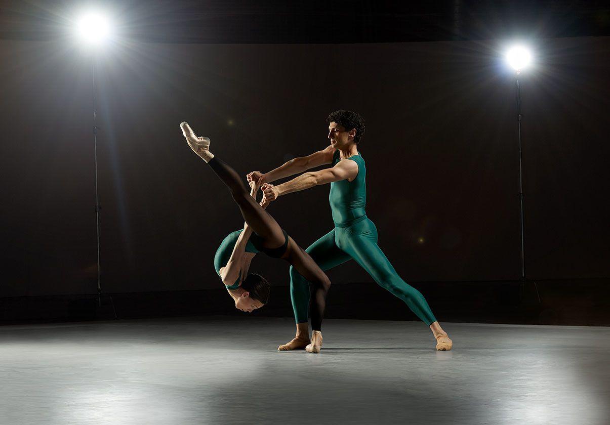 Viktorina Kapitonova and Lasha Khozashvili by Rachel Neville Photography