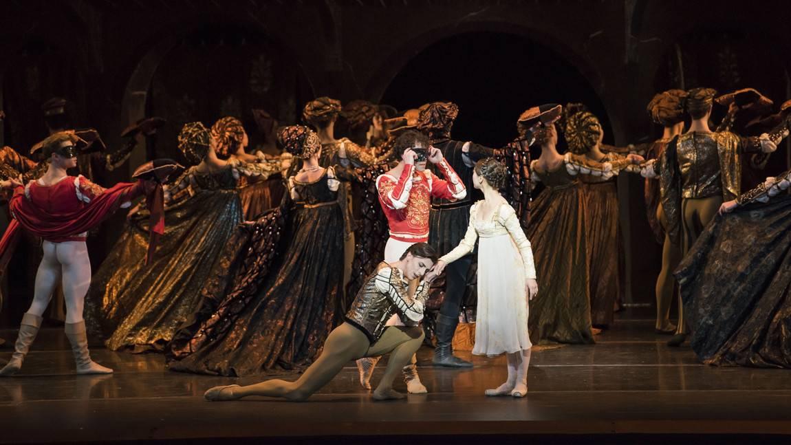 Paulo Arrais as Romeo, Misa Kuranaga as Juliet, and Florimond Lorieux as Paris in John Cranko's Romeo & Juliet.