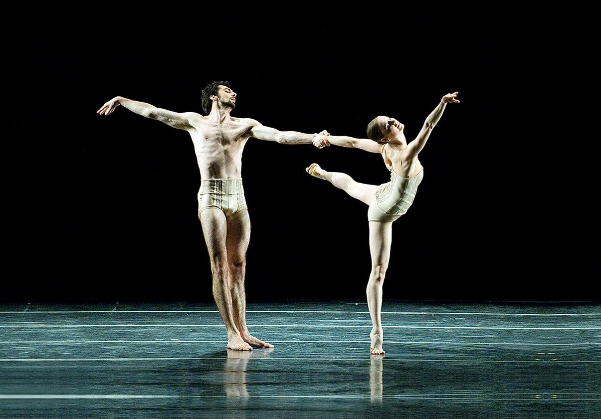 Pavel Gurevich and Heather Myers in Jiří Kylián's Petite Mort by Gene Schiavone