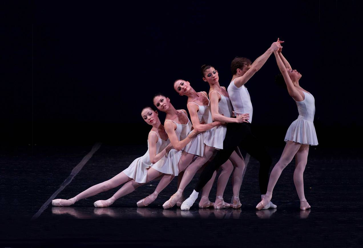 George Balanchine's Concerto Barocco ©The George Balanchine Trust. Photo by Rosalie O'Connor