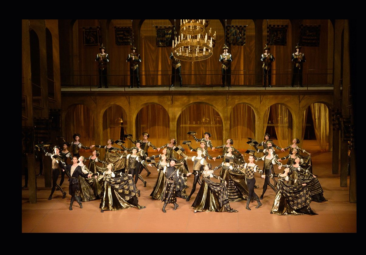 Stuttgart Ballet in John Cranko's Romeo & Juliet.  Photo credit: Bernd Weissbrod