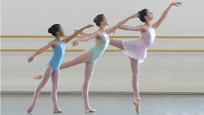 Join us for our annual Boston Ballet School Spring Showcase performances highlighting the progression of our Elementary–Advanced students in the Classical Ballet Program