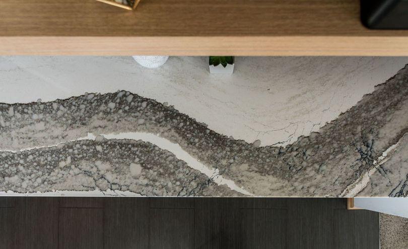 Full view of Cambria Skara Brae bar top.